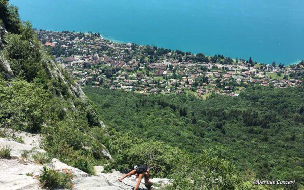Escalade à Annecy - grande voie d'initiation au-dessus du lac